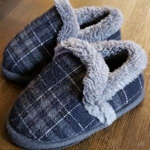 Toddler House slippers! Cozy